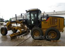 2010 CATERPILLAR 12M SLOPER