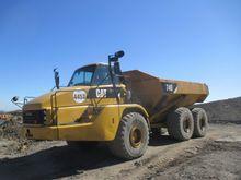 2008 CATERPILLAR 740