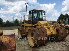 2005 CATERPILLAR 826G II