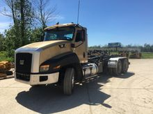 2012 CATERPILLAR CT660S