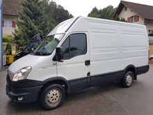 2014 IVECO Daily box wagon