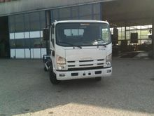 Used 2013 ISUZU P 75
