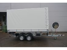 HUMBAUR Blach trailers with lif