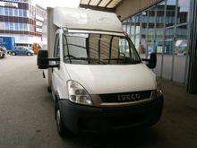 2009 IVECO 35S18