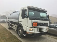 2001 VOLVO Fm12-380 4x2
