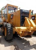 Used Caterpillar 140