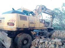 Used 2004 Hitachi 13