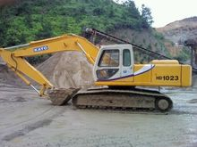 Used Kato HD1023 in