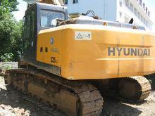 Used Hyundai R225LC7