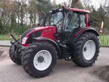 Used valtra N123h5 i