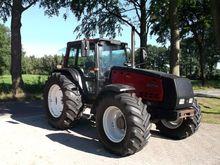 Used Valtra 8750 in