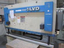 1994 45 Ton LVD JS 06 CNC Press
