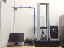 1,125 lbf (5kN) Instron Model 1