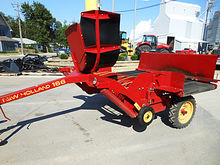 Used New Holland 166 windrow in