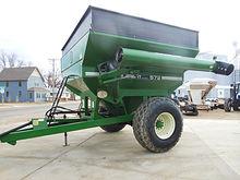 Used Brent 572 corner auger gra
