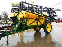Redball 670 1,200-gallon pull-t