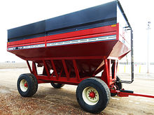 Brent GT744 grain wagon with 4
