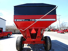 Brent GT740 grain wagon with ta