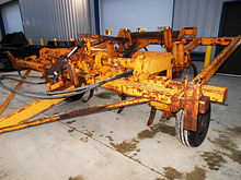 Taylor-Way 10-shank chisel plow
