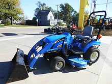 2008 New Holland 1025 Boomer 4w