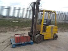Climax Electric Forklift c/w Si