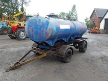 Twin Axle 2 Tank Fuel Bowser Tr