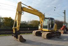 2005 New Holland Kobelco E135SR