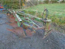 Used John Deere Plou