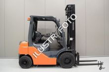 Used 2007 TOYOTA 02-