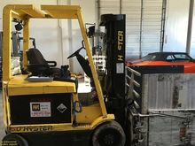 Used HYSTER E50XM-33