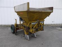 Nobels planting machine 4 rows,
