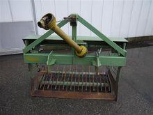 Compact shaking bedlifter 142 c