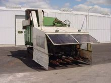 Tumoba 3 row harvester for Brus