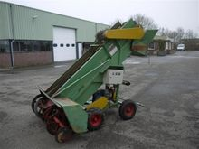 Slootweg soil loader