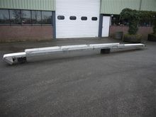 Stainless steel conveyor 700 x