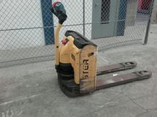 Used 2004 Hyster P1.