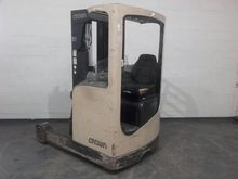 Used 2002 Crown ESR4