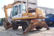 1996 LIEBHERR A902Li