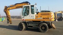 Used Liebherr 900 in