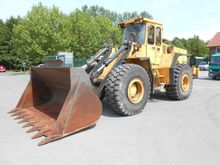 Used VOLVO L120 in D