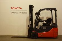 2015 Toyota 8FBET20