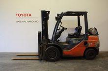 2010 Toyota 02-8FGF30
