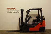 2011 Toyota 02-8FGF18