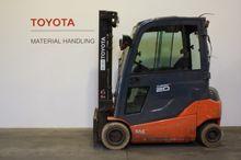 2012 Toyota 8FBMT20