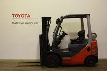 Used Toyota 02-8FGF1