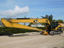 2010 CATERPILLAR 324DL Long Rea
