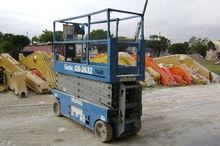 Used 2006 GENIE GS26