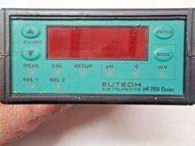 Used Eutech pH 200 C