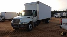 2007 INTERNATIONAL 4300 SBA BOX
