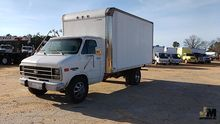 1996 CHEVROLET VAN 30 BOX TRUCK